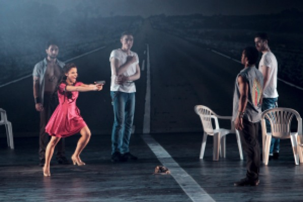 Ensemble scene at the Leipzig production of West Side Story, a collaboration between Leipzig Opera and Leipzig Ballet. Photo by Ida Zenna.