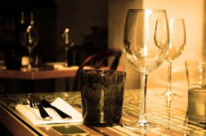 Dinner etiquette is a very important thing to keep in mind on a first date. Photo from Pixabay.