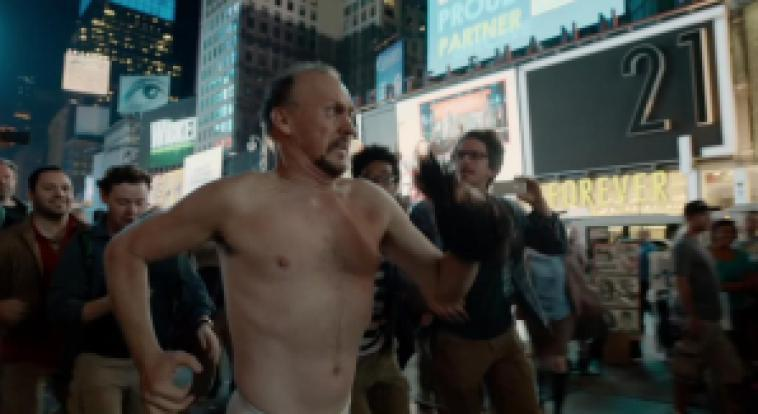 Michael Keaton's character runs naked around a New York City block. Image from http://lamalaparte.wordpress.com.